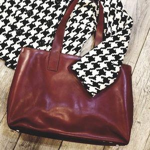 Franklin Covey Dark Red large handbag/laptop bag